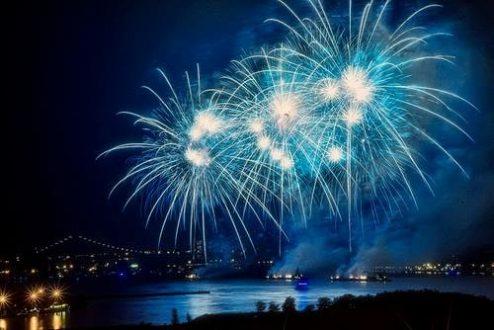 Fogo de artificio azul